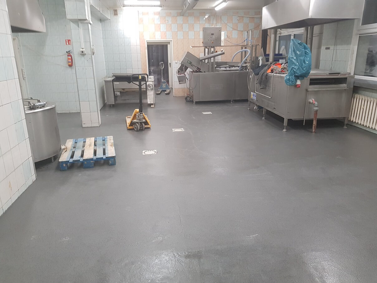 Naprawa posadzki w kuchni