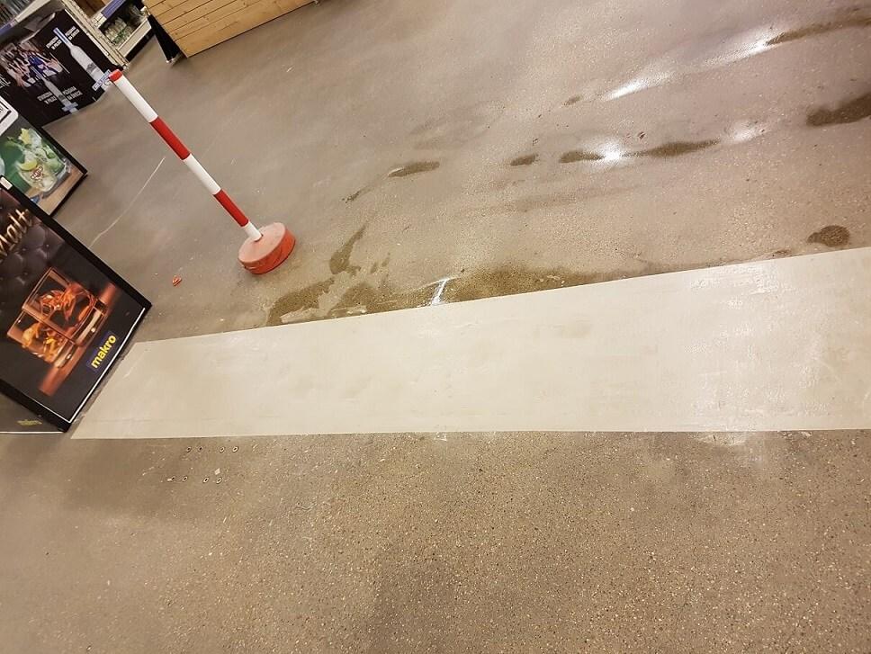 Reparatur von Defekten im Industrieboden